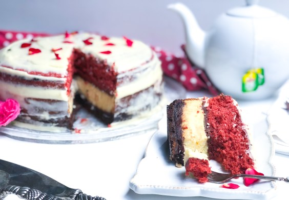 Red velvet and cheesecake cake.